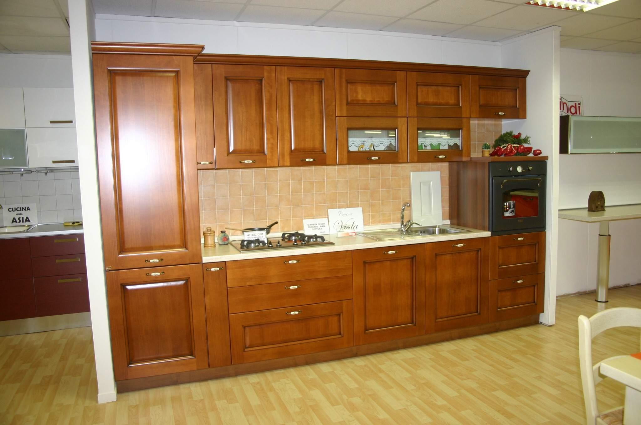 Piacentini arredamenti outlet7543 piacentini arredamenti for Arredamenti roma outlet